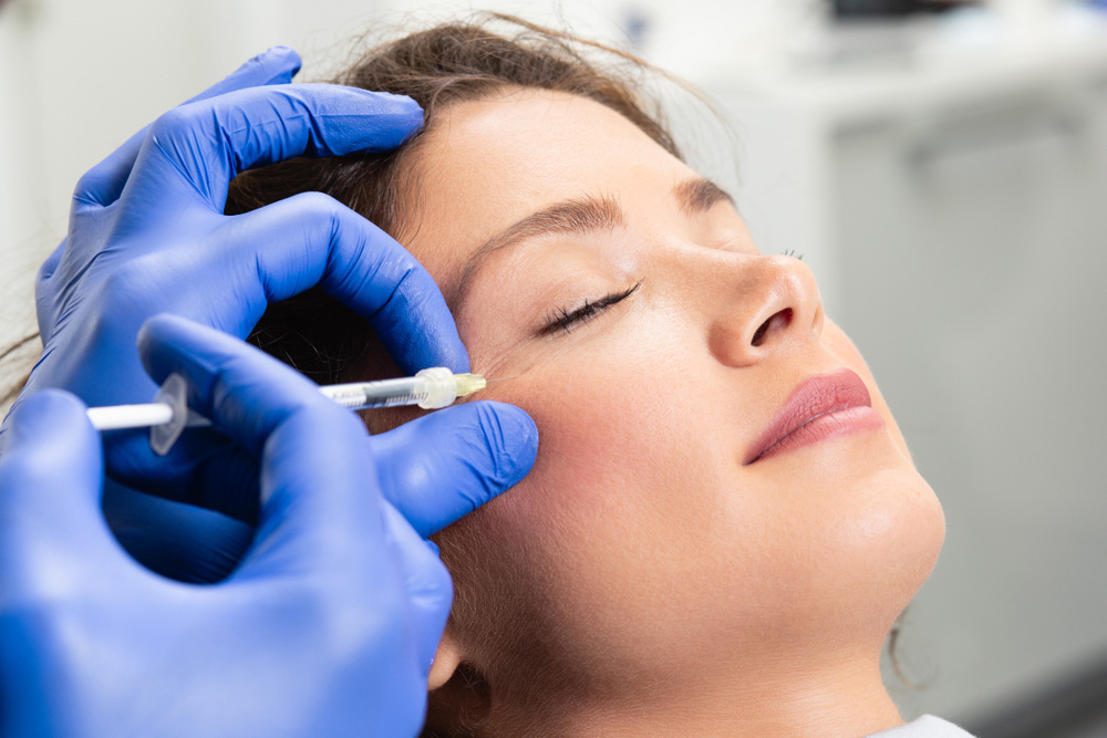 Picture of a woman undergoing a profhilo facial treatment injection